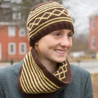 9240 Village Hat & Cowl PDF