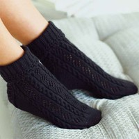 Cable & Diamond Lace Socks PDF