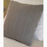 Debbie Bliss Cushions PDF
