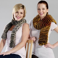 4302-F Improv Garter Stitch Pillowed Scarf Kit