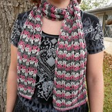 Linda Permann Cables and Lace Scarf PDF