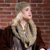 Plymouth Yarn 2585 Fan Shell Hat & Cowl