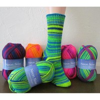 F533 Neon Now Basic Socks (Free)
