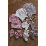 Knitting Pure & Simple 2910 Baby Hats, Mitts, and Booties