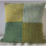 Rowan Slip Stitch Game Cushion (Free)